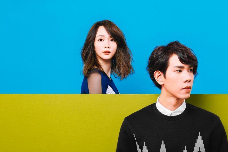 獲得第26屆金曲獎最佳演唱組合的慢慢說推出新專輯《1+1<3》。(雅慕斯娛樂提供)
