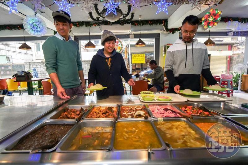 在台灣的菲律賓料理,多是以自助餐方式呈現。