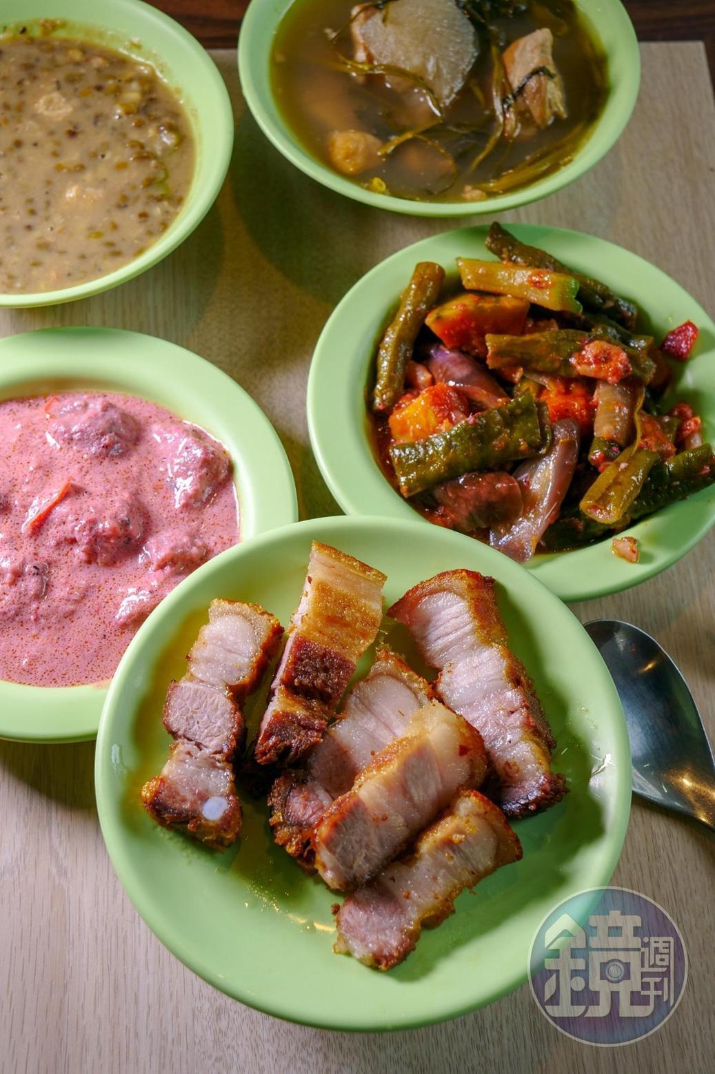 其實菲律賓菜跟台灣料理很像,只是調味方式差異很大。