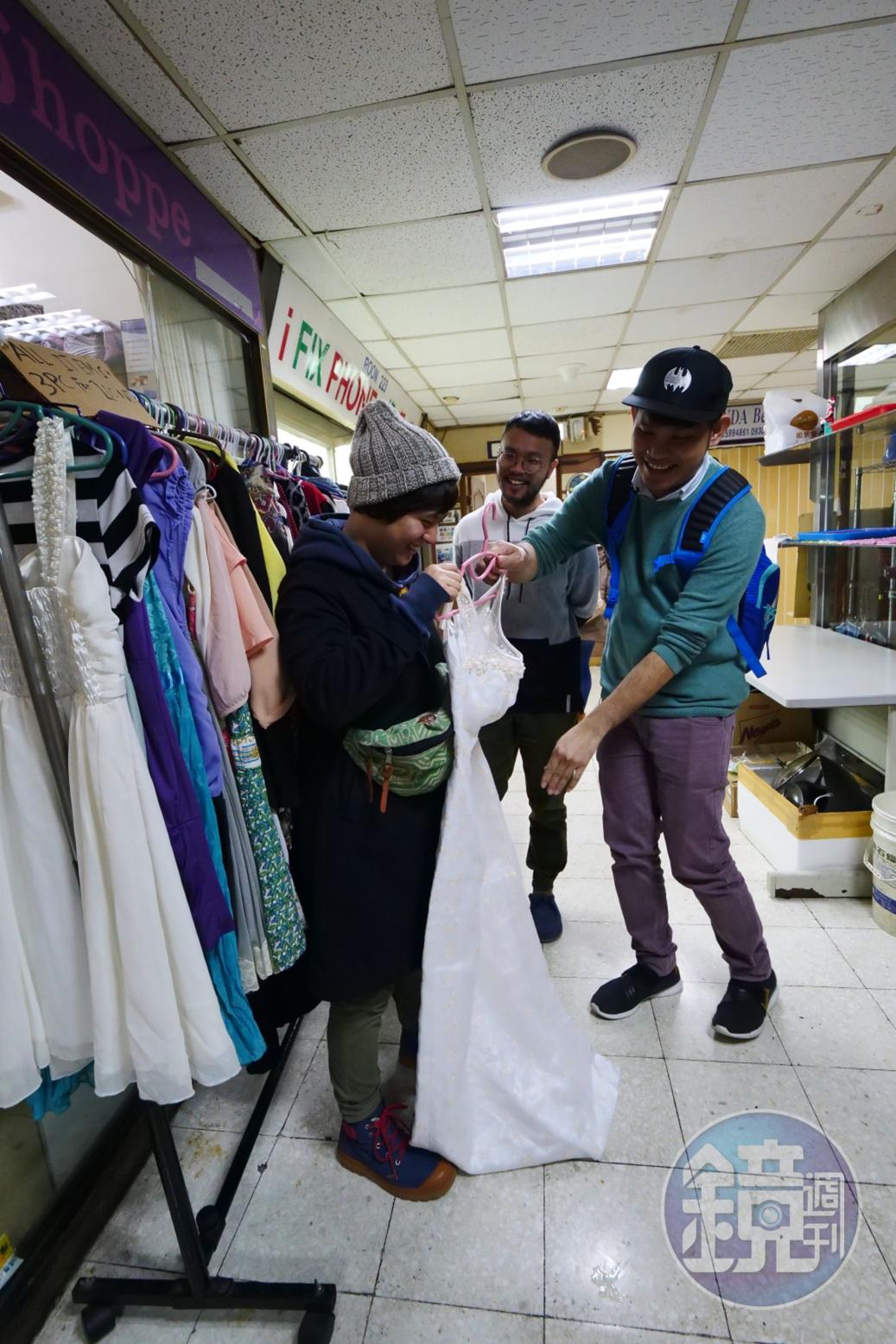 許多店鋪專賣二手衣,有品牌的衣服,價格相對便宜,也受到菲律賓人喜愛。