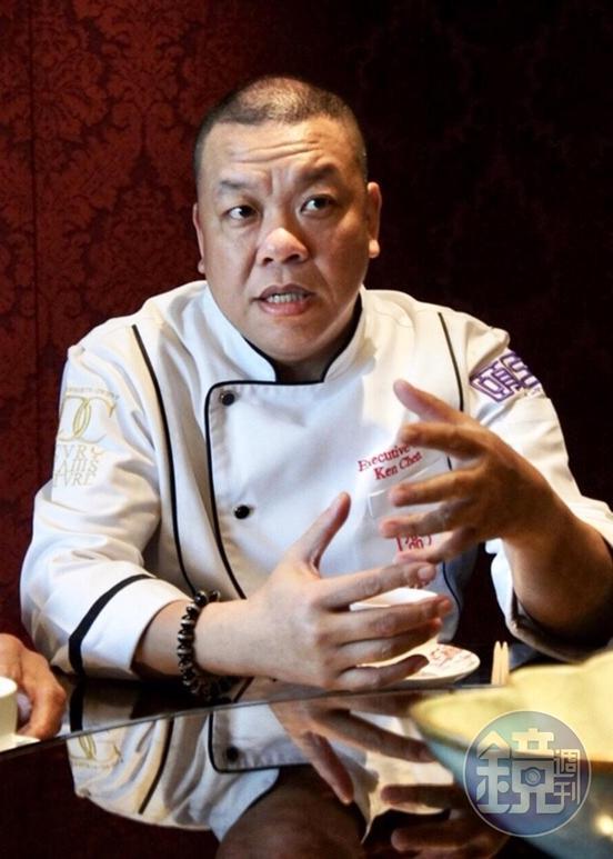 頤宮中餐廳行政主廚陳偉強有30年中餐資歷。