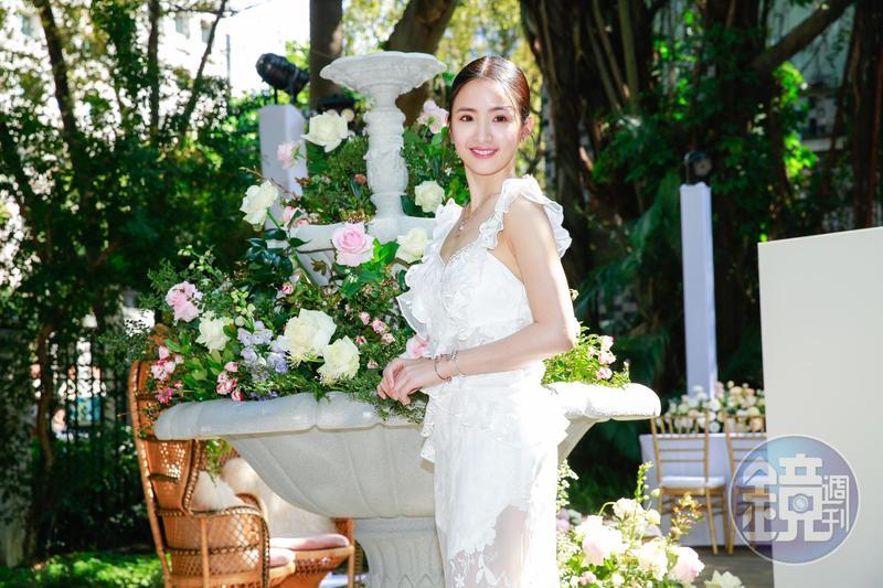 林依晨出席PANDORA春季飾品發表會,自比為花園裡的精靈。