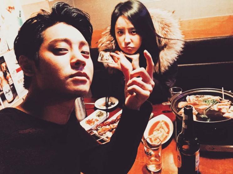 鄭俊英和鄭有美曾在《我們結婚了》扮了幾個月假想夫妻。(網路圖片)