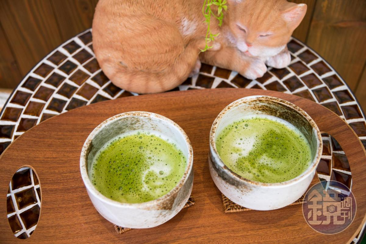 「抹茶拿鐵」以京都宇治抹茶為底,溫潤好喝。(500日圓/杯,約NT$141)