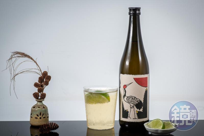 日本果實酒也會加入威士忌、陳年白蘭地,甚至是純米大吟釀,呈現厚實沉歛的韻味。