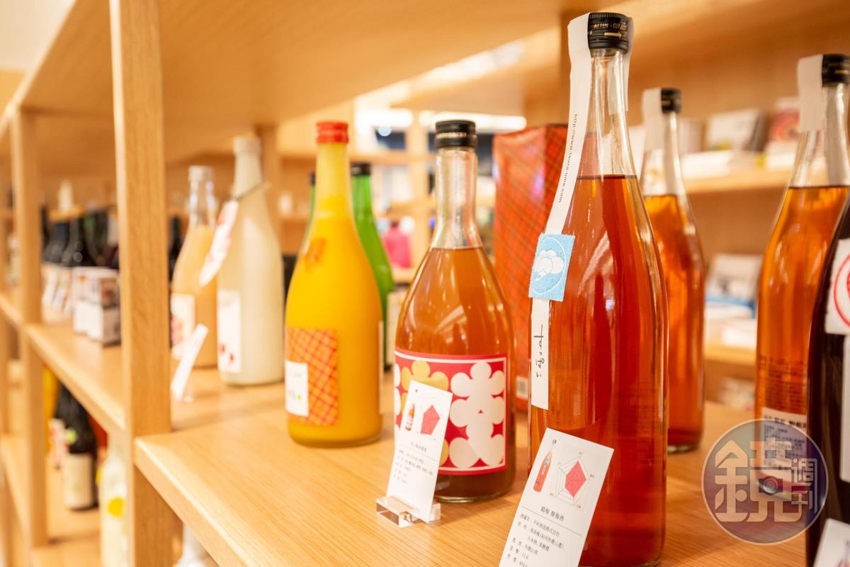 梅酒口味要酸、偏甜,不同基底酒釀造的梅酒應有盡有。