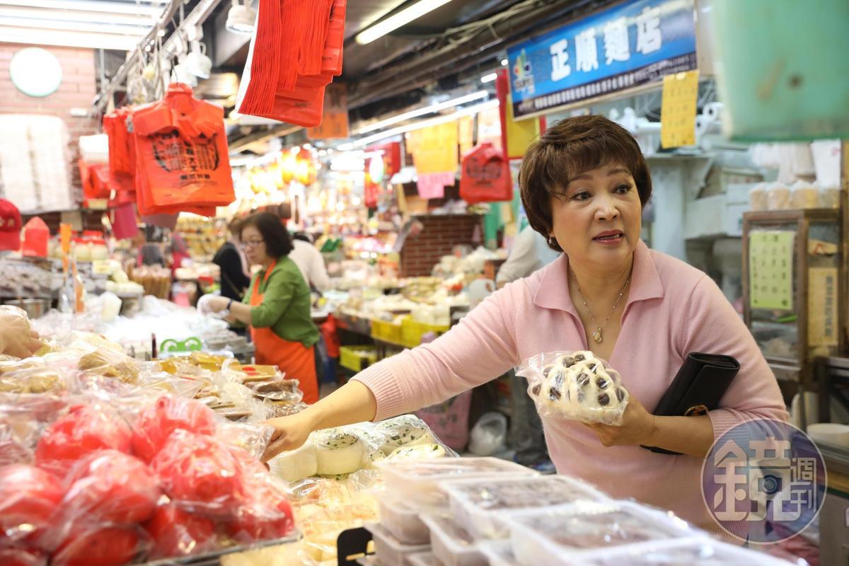 「南門市場」供應許多江浙食材及上海點心。