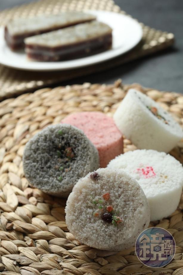 「鬆糕」可選芝麻餡或豆沙餡。(40元/個)