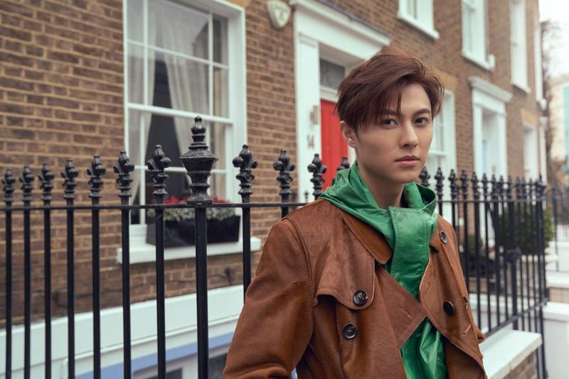 王子邱勝翊邁入30而立之際,終於圓夢赴英國倫敦,拍攝第一本寫真雜誌書《Prince Start》寫真雜誌書。(華研提供)