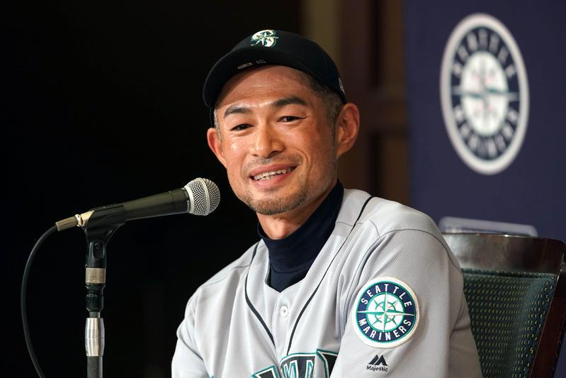 日本旅美職棒球員鈴木一朗,21日於東京巨蛋召開引退記者會。(東方IC)