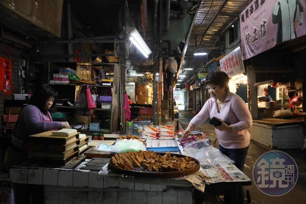 東門市場「阿香豆腐」是程安琪最常來買豆腐的老店。