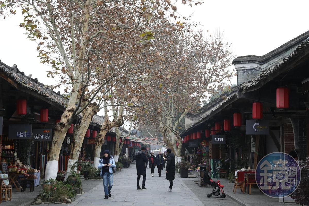 安仁的公館老街包括三街一巷,不帶目的信步遊逛,常能發現驚喜。