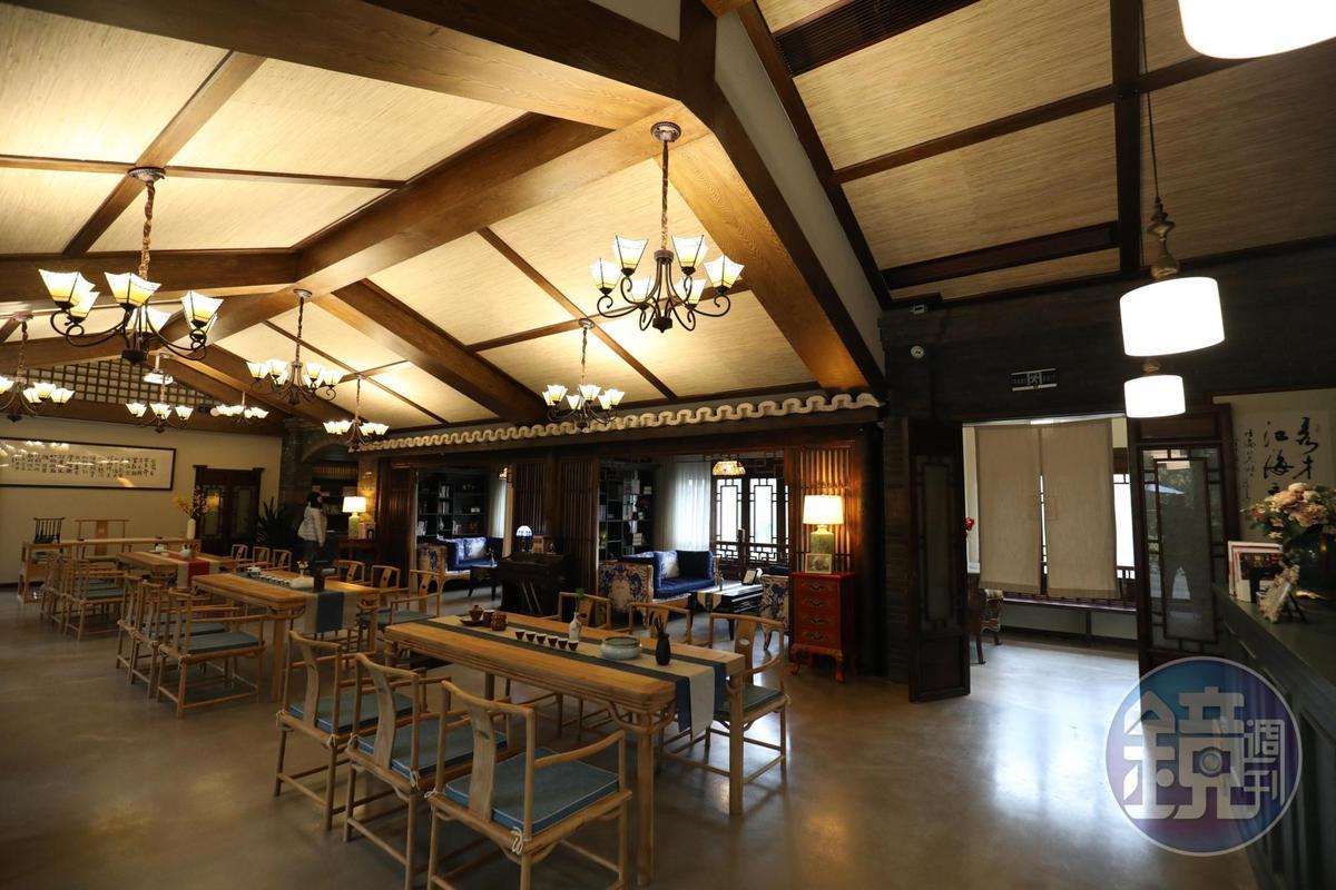 書院樓上闢有舉辦藝文活動與茶席的空間,同樣很有味道。