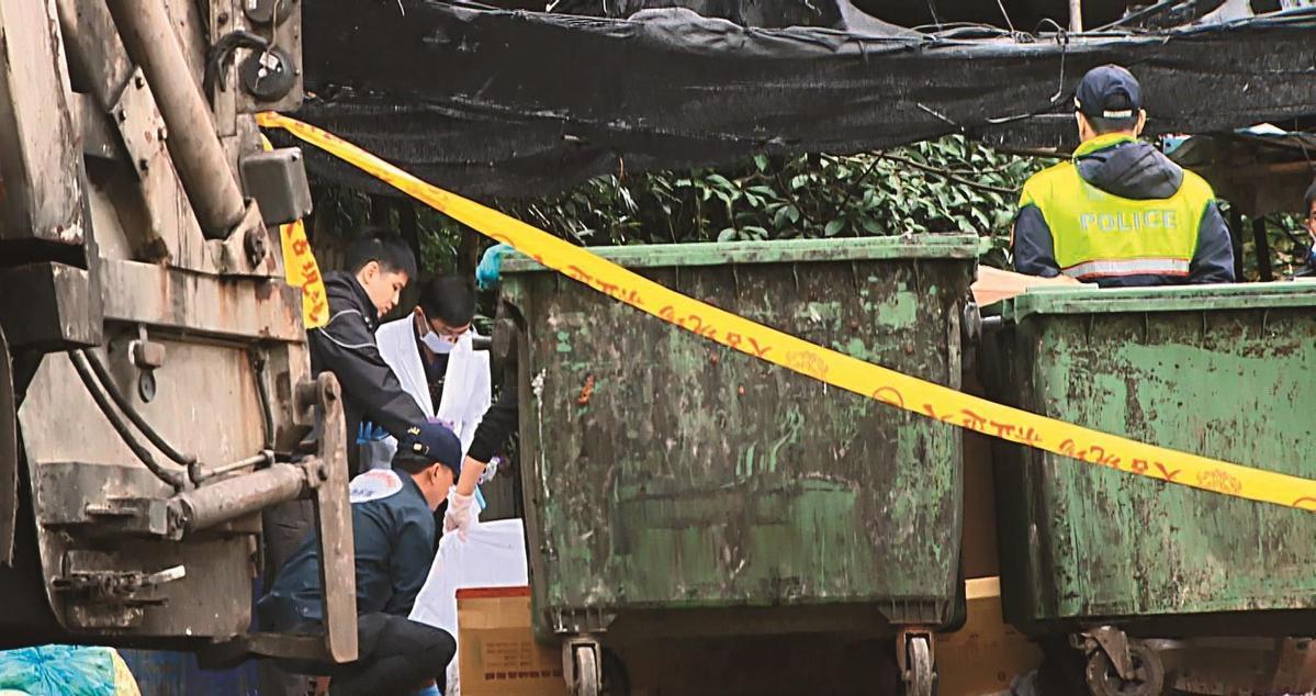4:新店某清潔公司員工發現塑膠袋內裝的是女嬰屍體,才讓無辜的孩子重見天日。(東森新聞提供)