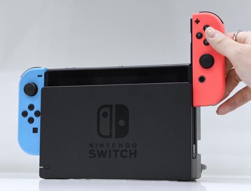 華爾街日報報導,任天堂計畫最快在今年夏天推出兩款新的Switch主機。