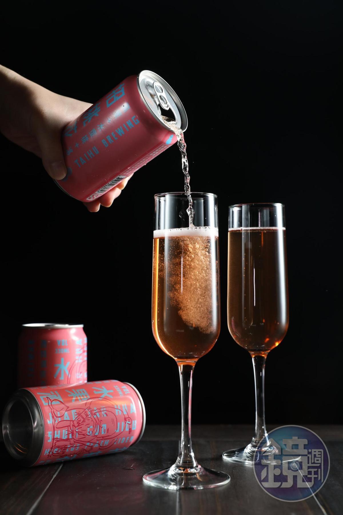 「招桃花水果酒」桃香討喜,喜氣洋洋惹人愛。(7-ELEVEN 獨賣,69元/罐)