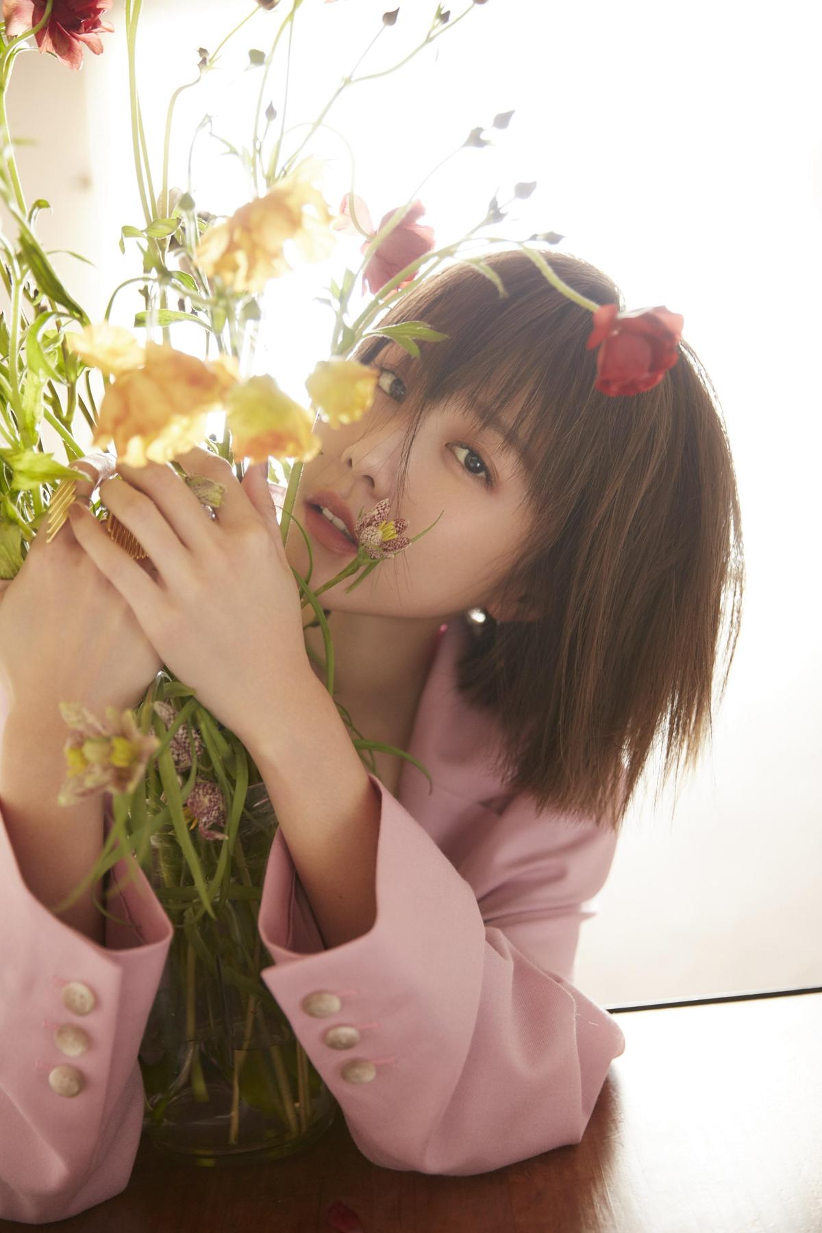 邵雨薇將於5月7日推出新專輯《微雨》。(寬宏藝術Kham Music)