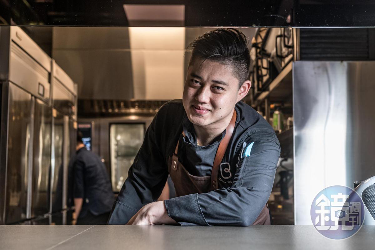Bo Shanghai,Daimon Gastrolounge行政主廚王思鳴(Simon)曾隨梁經倫來台為Daimon.犇 廚魔館研發菜單。