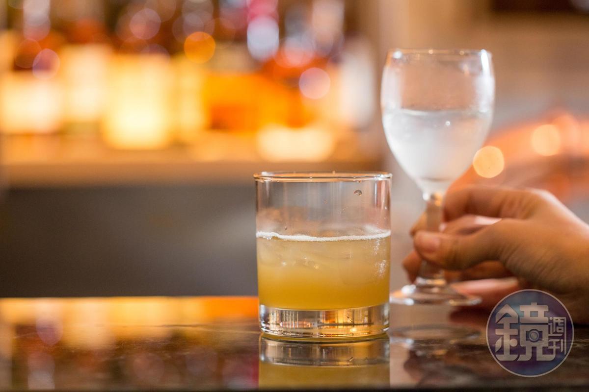 baan台北與Draftland酒吧合作研發適合泰菜的調酒。