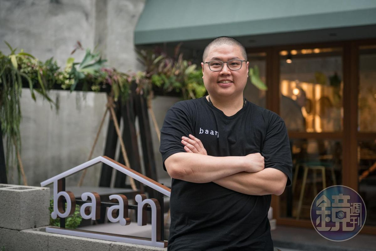 baan台北店主廚簡士捷曾在喜來登SUKHOTHAI餐廳服務長達7年,泰文流利,熱愛鑽研泰國文化。