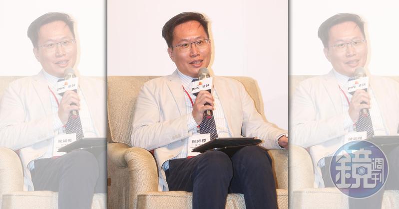 陳錦稷是總統蔡英文的學弟,也是長榮集團總裁張榮發的外孫女婿,他的岳父則是當過兆豐金控董事長的鄭深池。