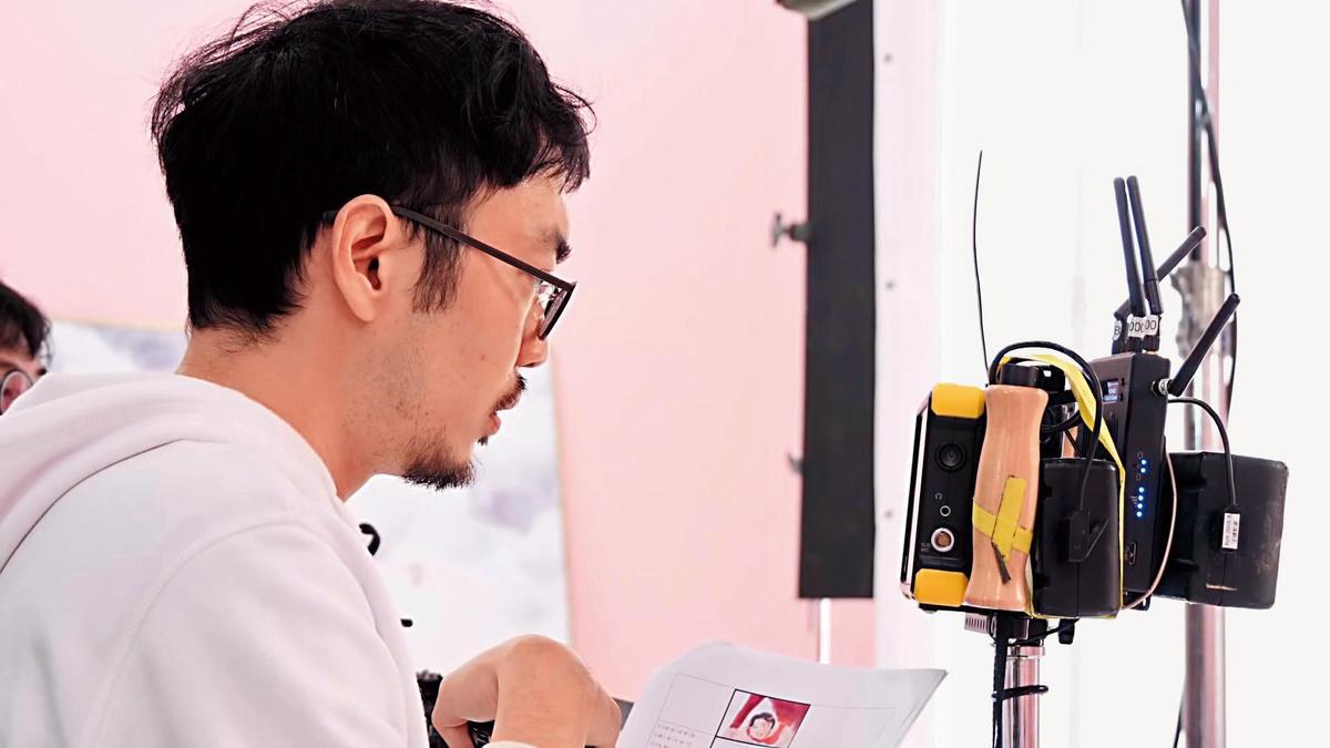 拍攝電影《紅衣小女孩》的程偉豪,首度跨界唱片拍攝蔡依林MV。(翻攝自蔡依林官方YT)