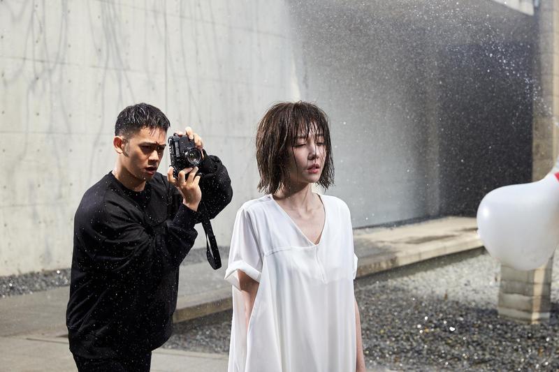 邵雨薇主打歌〈微雨〉MV,邀來曾入圍金馬獎最佳男配角的李淳助陣。(寬宏藝術 Kham Music提供)
