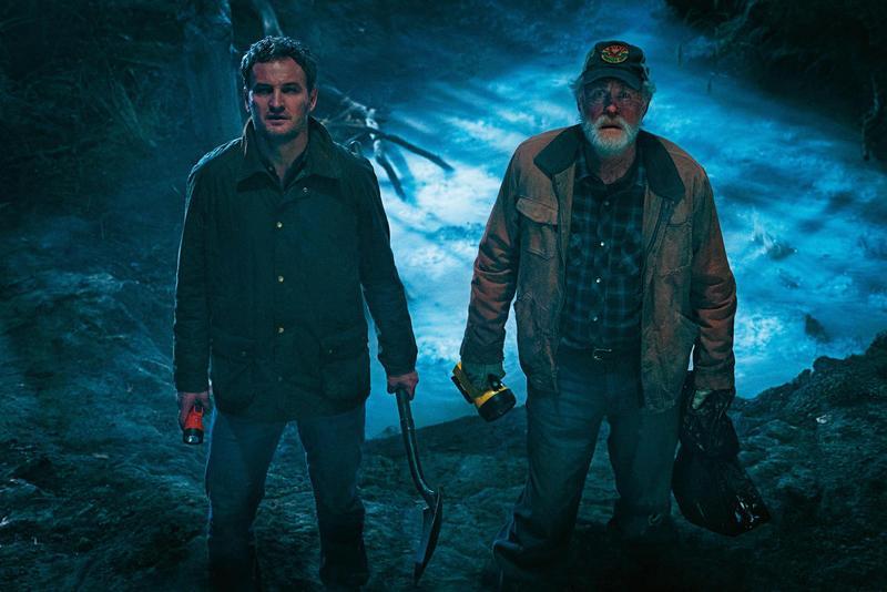 《禁入墳場》描述森林深處有令死者重生的神祕地帶,電影本身陰森感不強烈,核心在於生命與死亡議題的反思。(UIP提供)