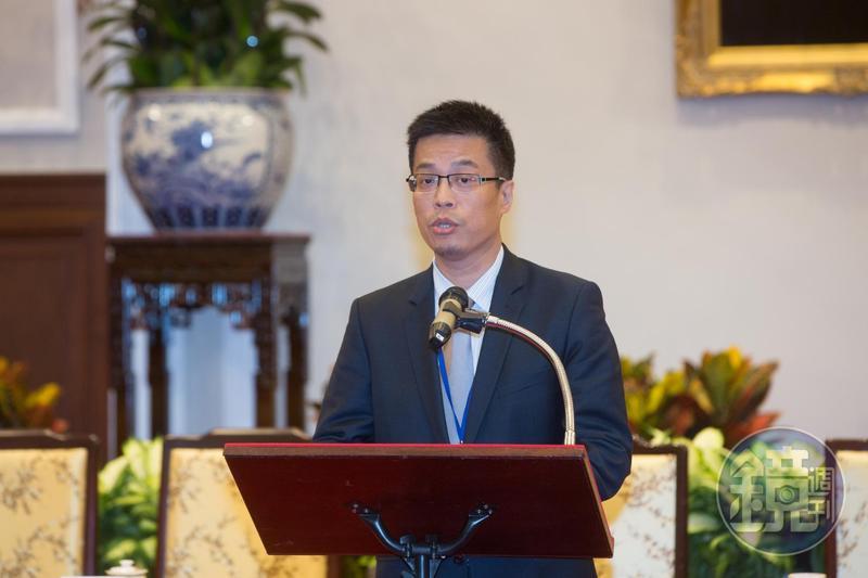 對於共軍相關動態,總統府發言人黃重諺晚間表示,國防部等單位均完整掌握。