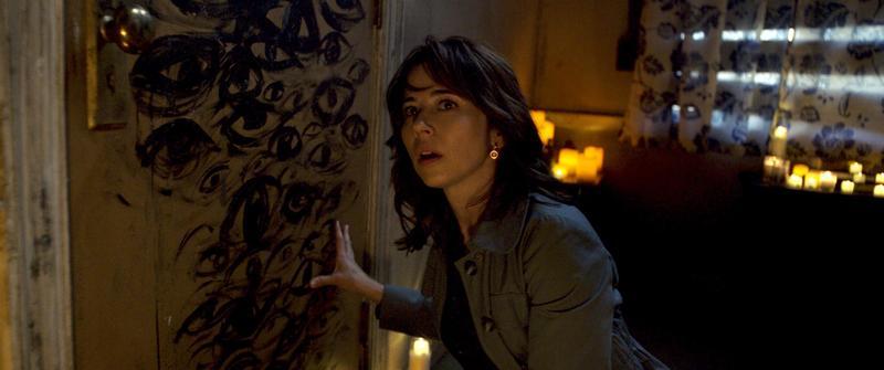 琳達卡迪林尼曾在《復仇者聯盟:奧創紀元》演過鷹眼的老婆,在恐怖片《哭泣的女人》則得對付墨西哥歷史悠久的女鬼憂羅娜。(華納兄弟提供)
