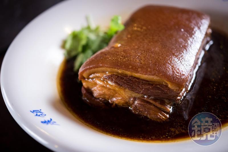 「女娘的店」的招牌菜「古早味烘肉」,被米其林密探大讚入口即化。