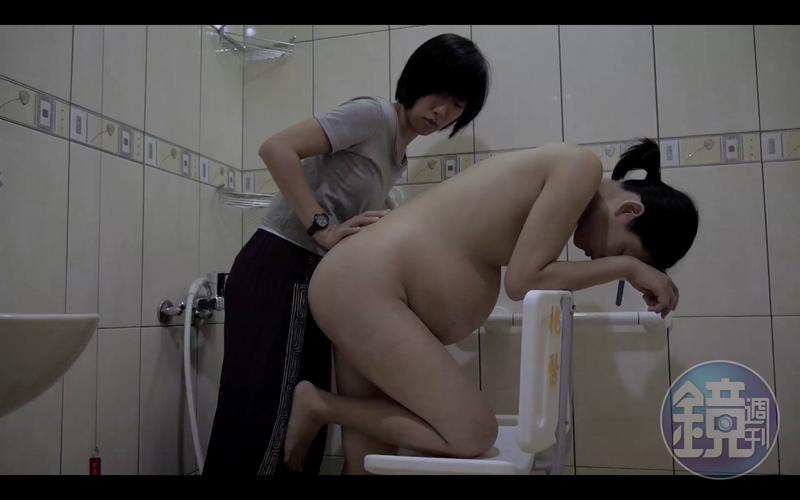 蘇鈺婷表示,產婦在過程中給予很大的拍攝自由,沒有人以「很醜、很狼狽或不好意思」為由要求修改。( 陳育青、蘇鈺婷提供)