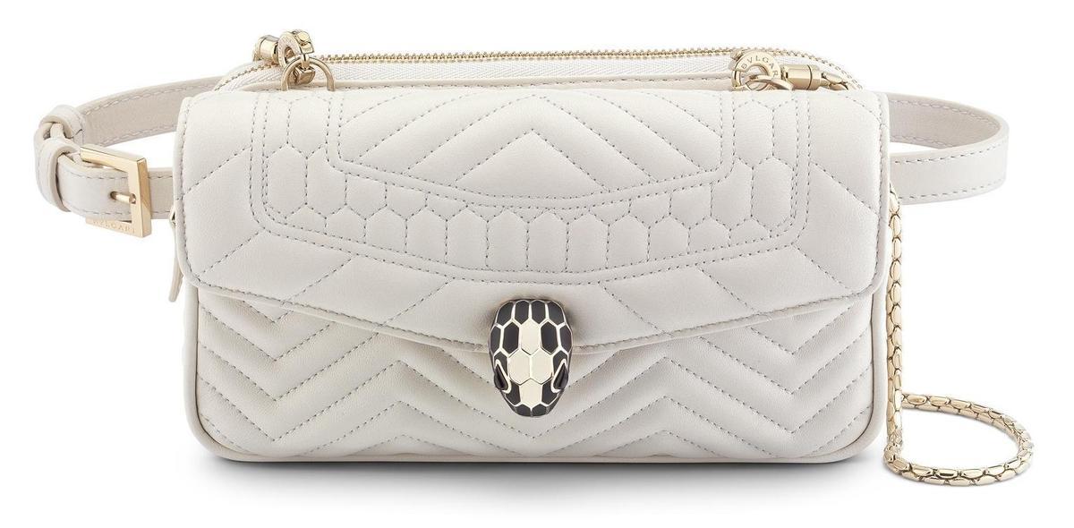 寶格麗SERPENTI FOREVER白色腰包,NT$65,000。(寶格麗提供)