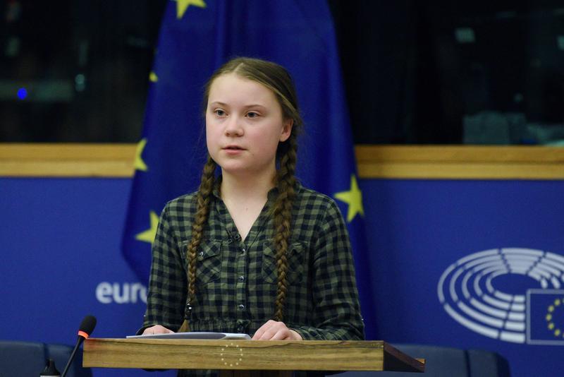 為氣候變遷而罷課的16歲瑞典少女桑柏格,成為2019年最年輕的百大影響力人物。(東方IC)