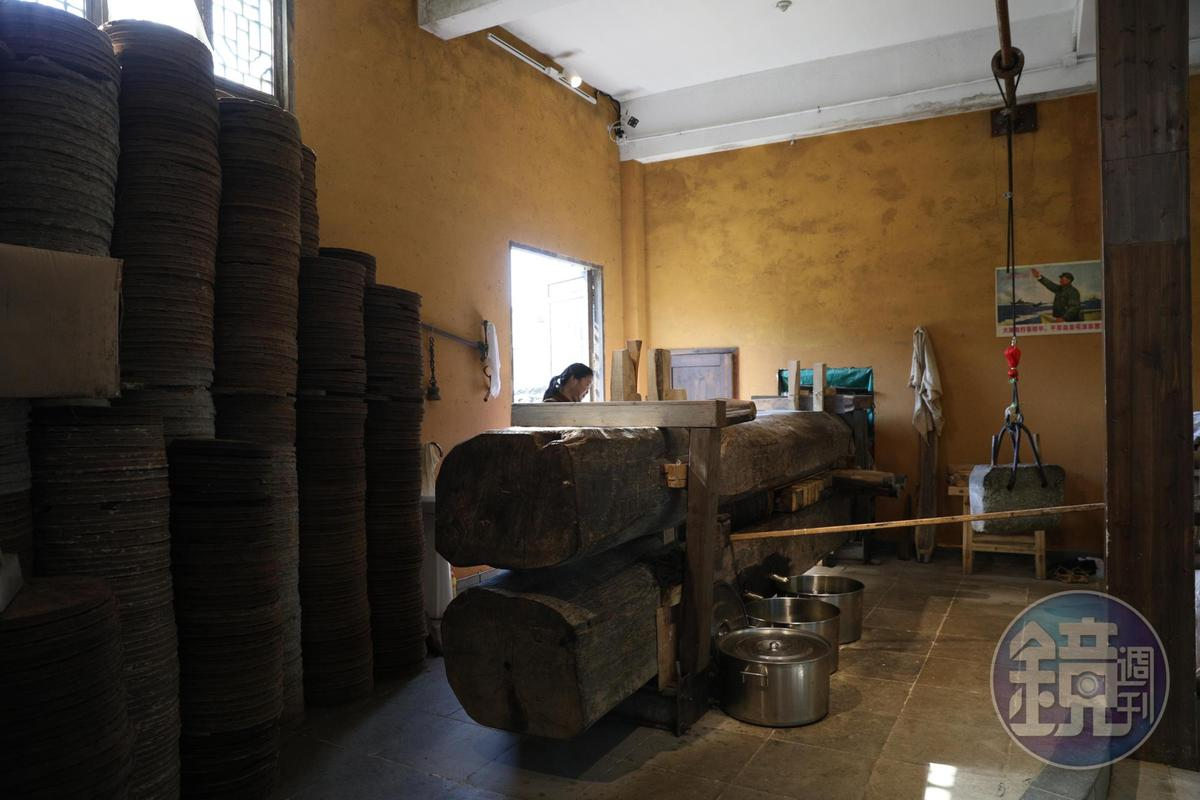 婺源的油坊極多,這家「盛榨堂」標榜以古法榨油。