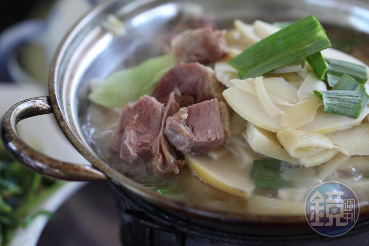 鮮嫩的竹筍也是春天必嘗的美食。