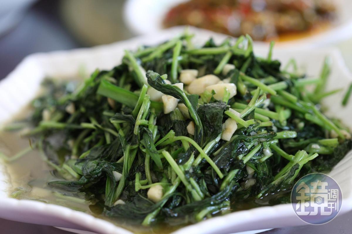 清炒「馬蘭頭」是春天的味道。(人民幣25元/份,約NT$115)