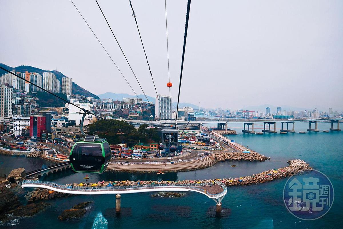 松島海上纜車可以將松島海水浴場周圍風景一覽無遺。