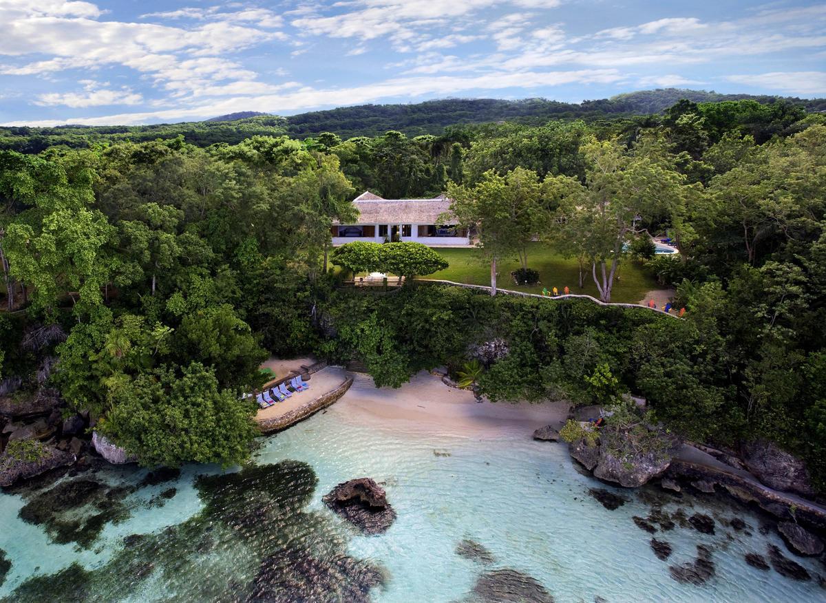 007原著作者伊恩佛萊明生前喜歡牙買加,甚至在這裡擁有一幢別墅。(UIP提供)