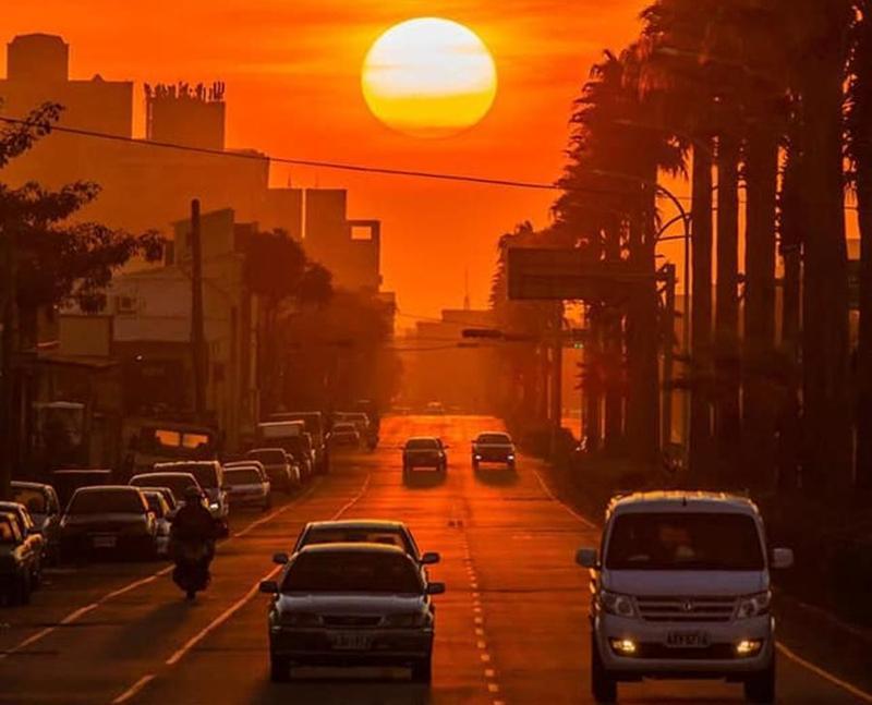 中央氣象局預報,台中市17日至19日傍晚可以觀賞懸日景象。(翻攝自中央氣象局)