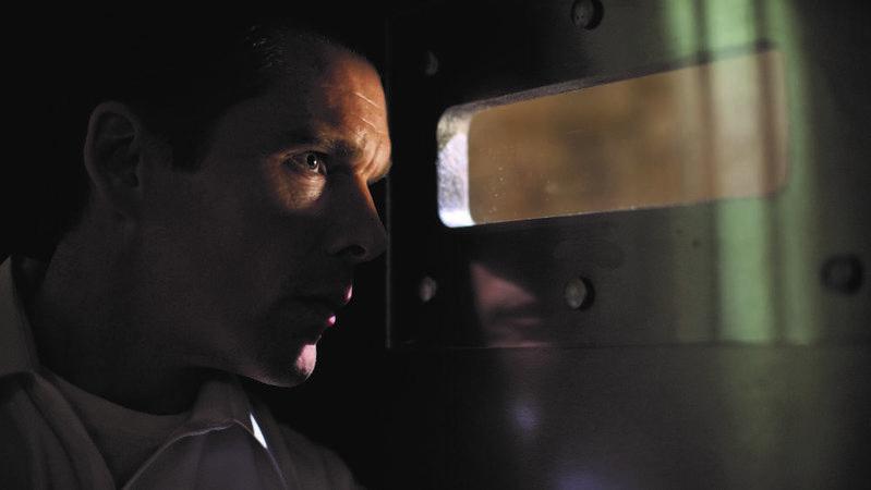 好萊塢演員伊森霍克主演《國定殺戮日》的片酬不高,但可以參與分紅,據傳有200萬美元。(翻攝自variety.com)