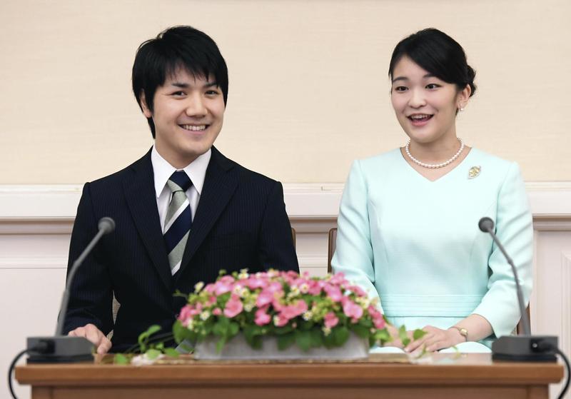 秋篠宮長女真子與大學同學小室圭的婚事,因為小室家的金錢糾紛延期,約7成日本民眾不贊成婚事繼續。(東方IC)