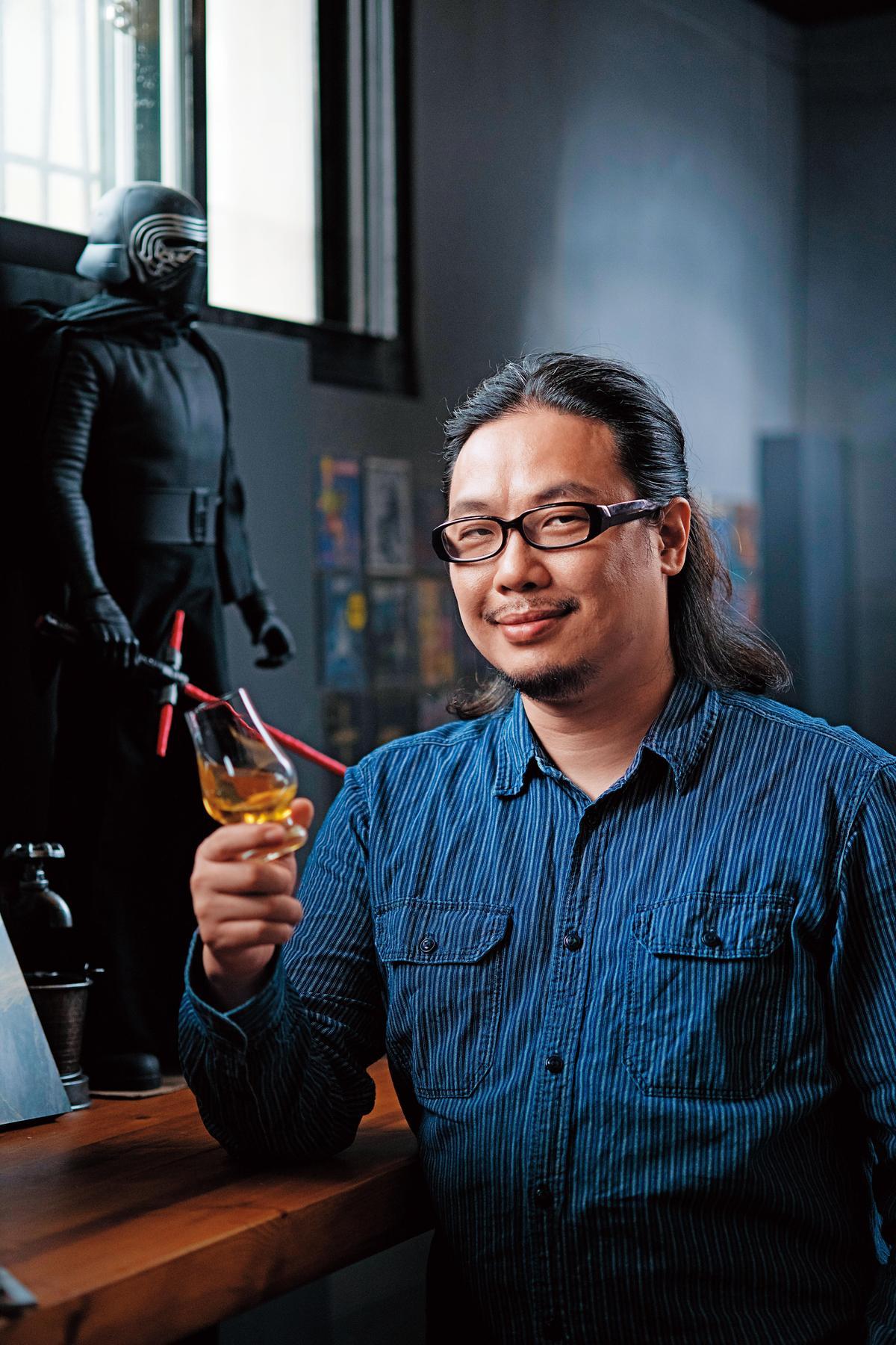 胡毓偉Lawrence Whisky TASTE桃園古華酒展策展人、格登費雪「飲學計畫」創辦人,威士忌品飲資歷15年。