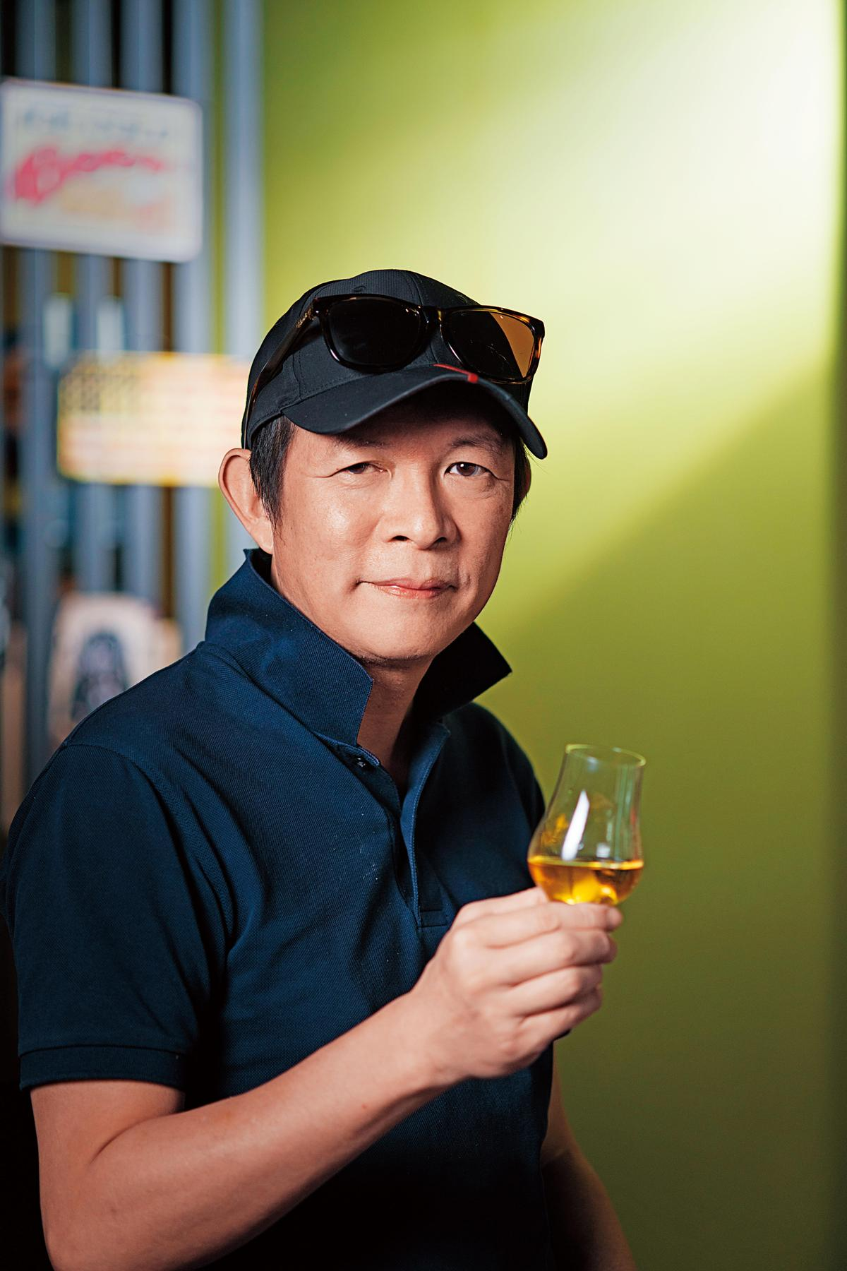 莊繼祖Joe 前車主雜誌業務總監、Chillax精釀啤酒吧老闆,威士忌品飲資歷30年。