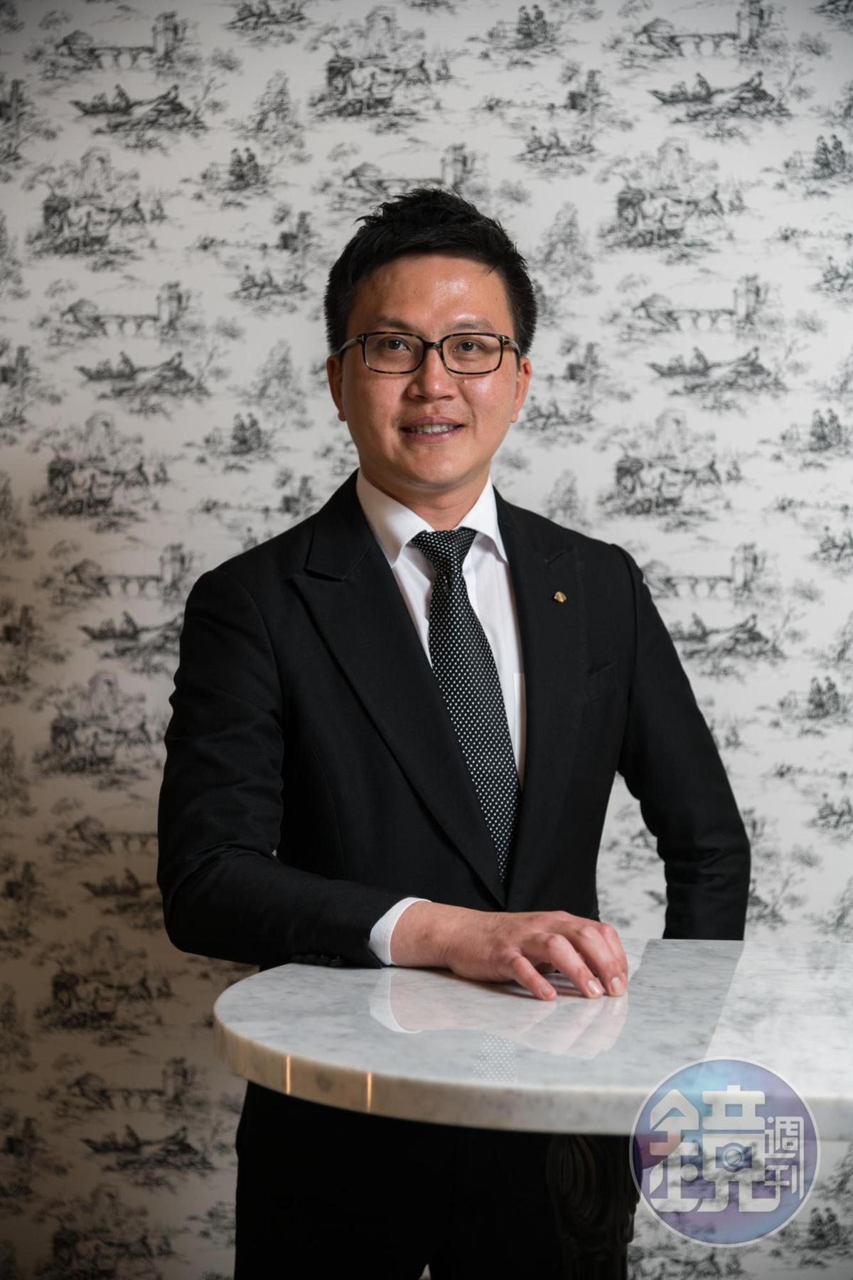 台北文華東方酒店侍酒師葉昌勳(Sean),是台灣少數能進軍世界最佳侍酒師大賽的侍酒師高手。
