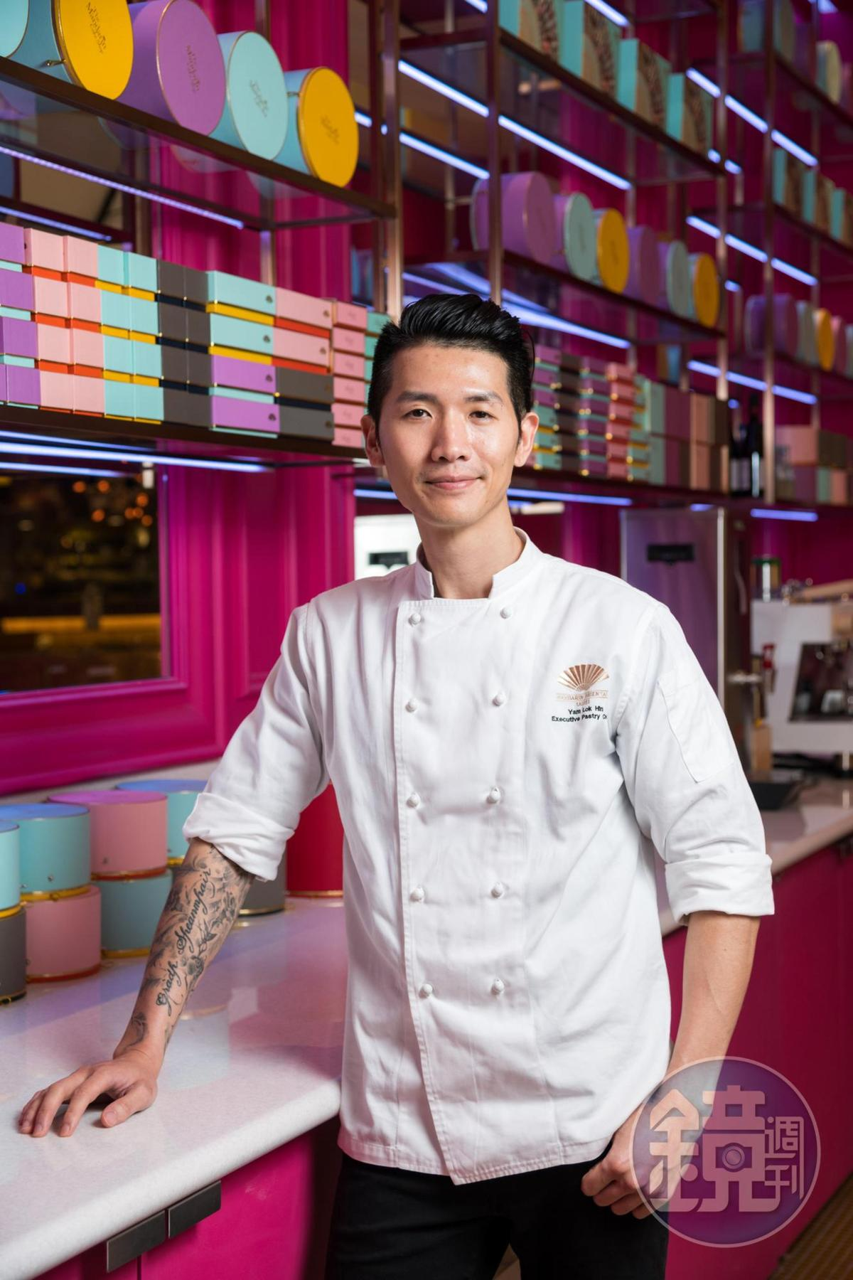台北文華東方酒店行政西點主廚任樂軒(Hin),曾獲得國際巧克力甜點比賽北美區銀獎,是唯一獲獎的亞洲人,同時也是今年第二屆台北米其林晚宴甜點主廚。