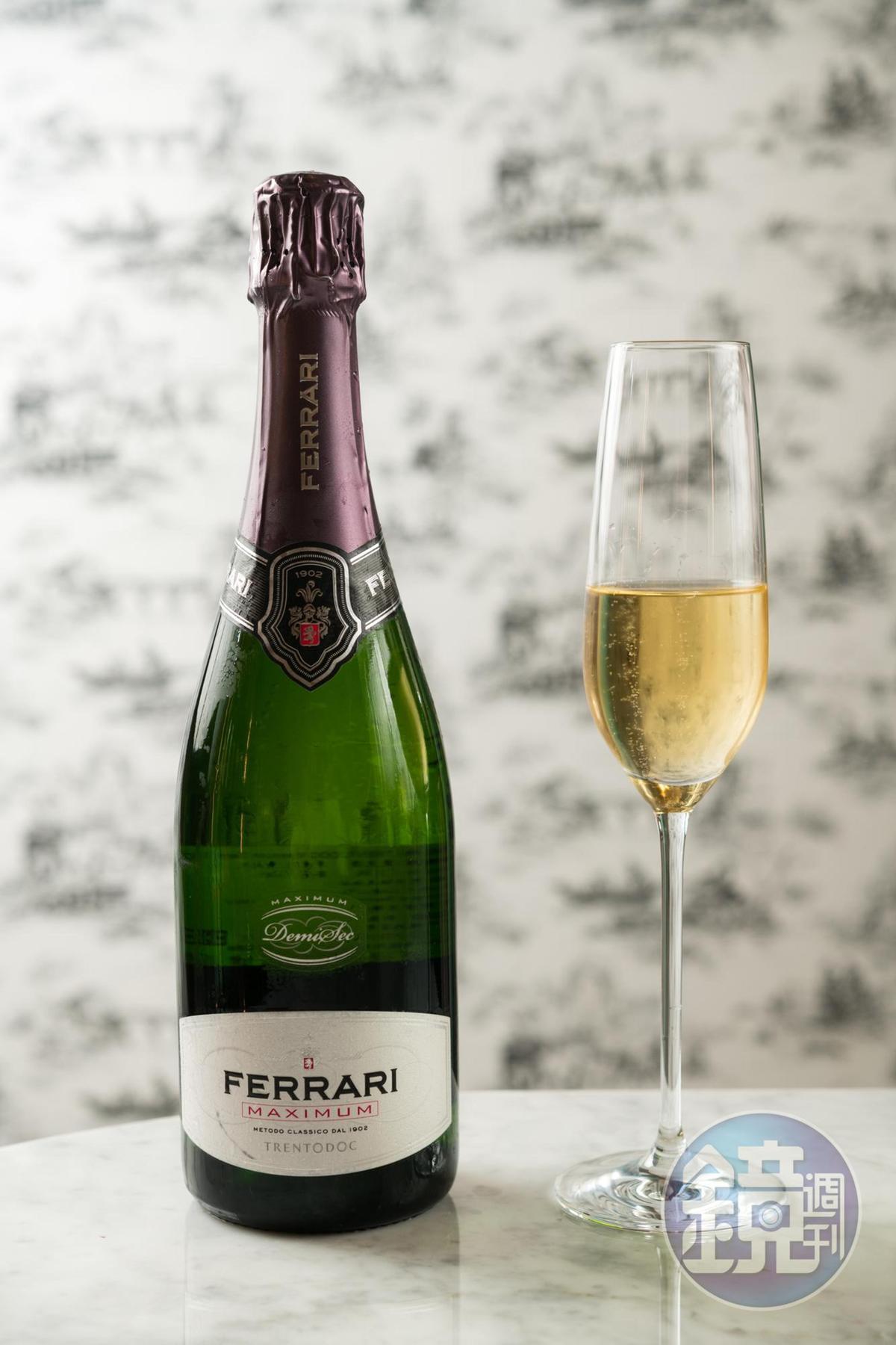 香檳是總在特殊節慶時以升揚的氣泡炒熱氣氛。