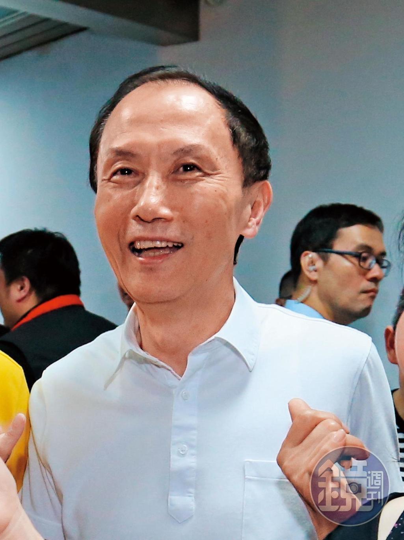已故的台北市議員李新(圖)曾替安親班業者召開協調會,痛批市府官員欺負老百姓。