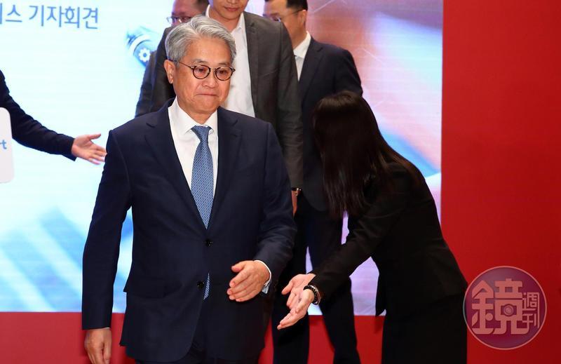台新金控董事長吳東亮已經表達有意願接手宏泰人壽以及群益證券。