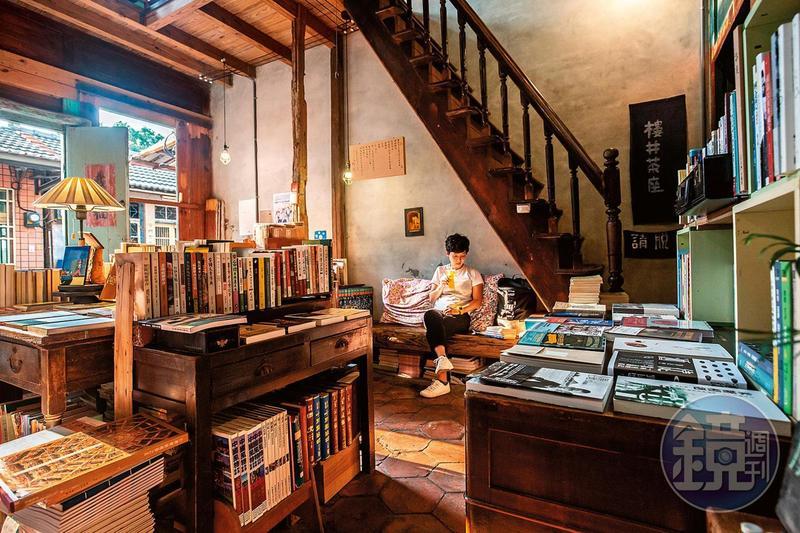 「書集喜室」的每個角落,都是自成一格的閱讀空間。